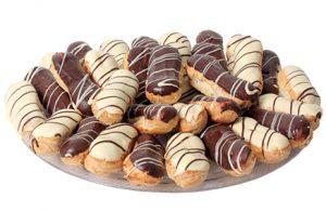 מגש אקלרים פטיסייר ושוקולד 20 יחידות