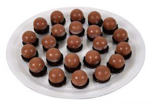 קינוח מוס שוקולד  25 יחידות